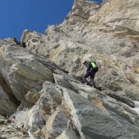 Assaggio di verticale: la parete attrezzata sopra al ghiacciaio del Tessonnet